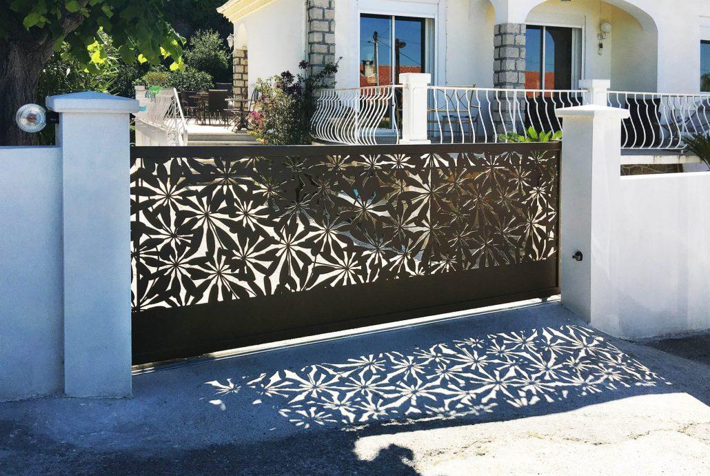 Portail design cloture et claustra un design - Claustra coulissant ...